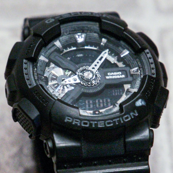 Casio Other - Casio G-Shock watch -- black